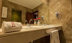 Soundouss Hotel, Hotels  Rabat - big - 5