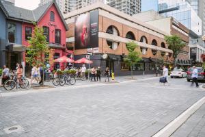 QuickStay - Luxury Executive in Yorkville (Yonge & Bloor), Apartmány  Toronto - big - 55