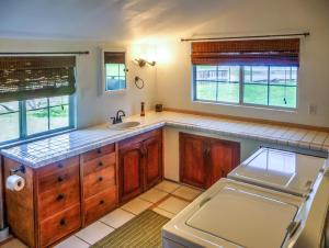 Cleone Bliss, Holiday homes  Fort Bragg - big - 16