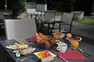 Mercure Maurepas Saint Quentin, Hotely  Maurepas - big - 25