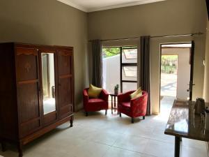 Aerotropolis Guest Lodge, Penziony  Kempton Park - big - 11