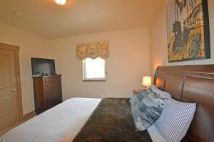Wine Down And Relax Condo, Apartments  Whitefish - big - 21