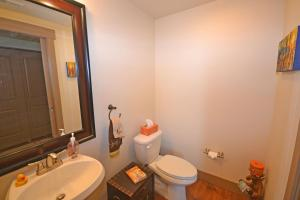 Wine Down And Relax Condo, Apartments  Whitefish - big - 17