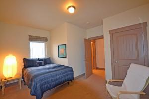 Wine Down And Relax Condo, Apartments  Whitefish - big - 11