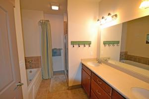 Wine Down And Relax Condo, Apartments  Whitefish - big - 8