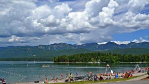 Wine Down And Relax Condo, Apartmány  Whitefish - big - 5