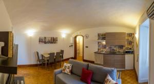 Small Suite Chiatamone - AbcAlberghi.com