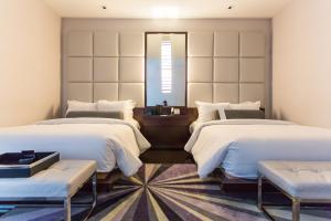 Suite Queen com 2 Camas Queen-size