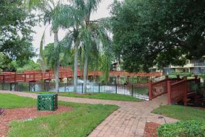 Park Shore, Prázdninové domy  Naples - big - 2