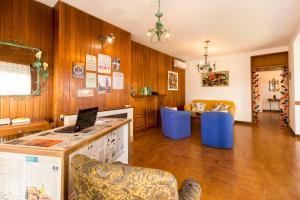 Zorba Beach House, Bed & Breakfasts  Punta del Este - big - 24
