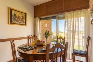 Zorba Beach House, Bed & Breakfasts  Punta del Este - big - 23
