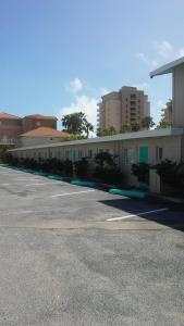 South Beach Inn Beach Motel, Motels  South Padre Island - big - 86
