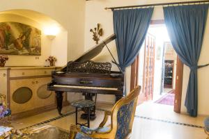 Hotel Residence Palazzo Baldi (9 of 105)