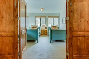 Comfort at the Cottonwoods, Holiday homes  Sun Valley - big - 21