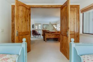 Comfort at the Cottonwoods, Holiday homes  Sun Valley - big - 9