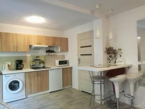 Apartament Provence, Ferienwohnungen  Gdynia - big - 3
