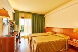 Hotel Rialto, Отели  Градо - big - 4