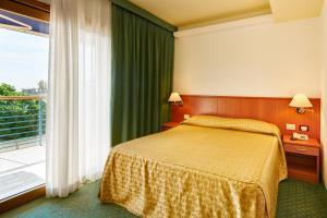 Hotel Rialto, Отели  Градо - big - 12