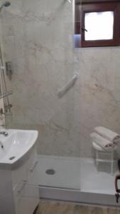 Central Rooms 4 Rent, Апартаменты  Бухарест - big - 25