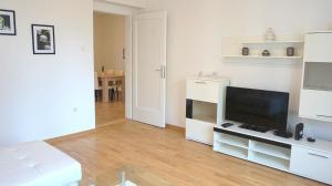 Stefana Stefanovica Apartment, Apartmanok  Újvidék - big - 9