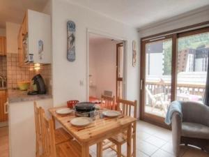 Apartment Hameau du bez, Apartmány  Le Bez - big - 8