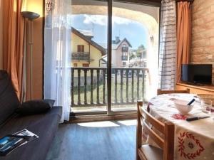 Apartment Bardeaux, Ferienwohnungen  Montgenèvre - big - 3