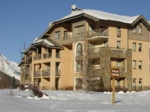 Apartment Jardins alpins, Appartamenti  Le Bez - big - 14