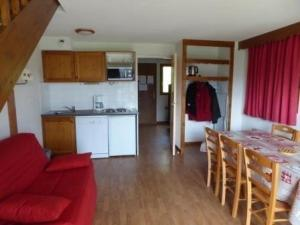 Apartment La crete du berger chalets, Apartmány  La Joue du Loup - big - 5
