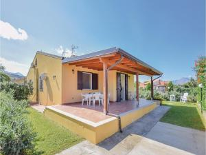 Villa Le Coccinelle, Holiday homes  Campofelice di Roccella - big - 8