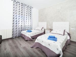 Holiday Home Zafir, Holiday homes  Platja  d'Aro - big - 2