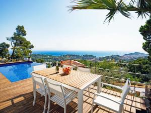 Holiday Home Can Bruc, Holiday homes  Lloret de Mar - big - 6