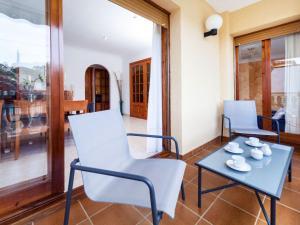 Holiday Home Cantabria House, Holiday homes  Calonge - big - 21
