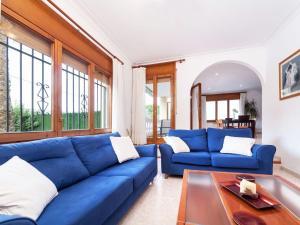 Holiday Home Cantabria House, Holiday homes  Calonge - big - 12