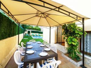 Holiday Home Cantabria House, Holiday homes  Calonge - big - 10