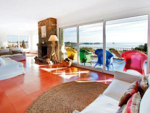 Holiday Home CAN BERTA, Nyaralók  Cadaqués - big - 14
