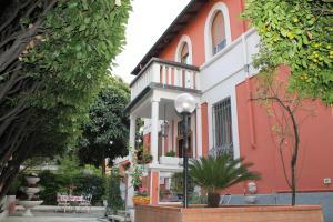 La Villa Milano - AbcAlberghi.com