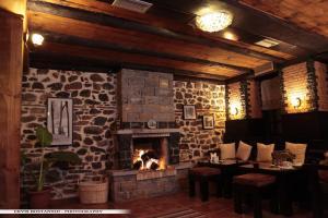 Guest House Bujtina Leon, Affittacamere  Korçë - big - 22