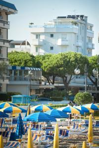 Hotel Tropical, Hotely  Lido di Jesolo - big - 38