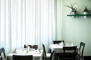 Hotel Tropical, Hotely  Lido di Jesolo - big - 48