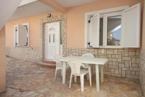 Apartment Zubovici 6356b