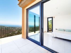 Holiday Home Suites Mas Nou, Holiday homes  Platja  d'Aro - big - 2