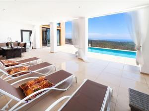 Holiday Home Suites Mas Nou, Holiday homes  Platja  d'Aro - big - 5