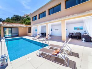 Holiday Home Suites Mas Nou, Holiday homes  Platja  d'Aro - big - 18