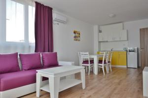 Apartcomplex Chateau Aheloy, Apartmánové hotely  Aheloy - big - 2