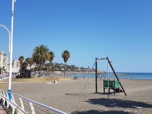 TocToc Pedregalejo Beach Apartment, Apartments  Málaga - big - 5