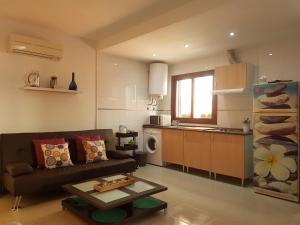 TocToc Pedregalejo Beach Apartment, Apartments  Málaga - big - 23