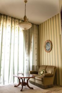 Hotel Royal Craiova, Hotely  Craiova - big - 65