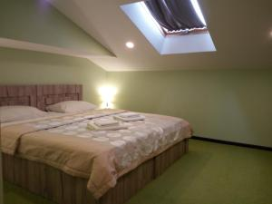Hotel Salmer, Bed and breakfasts  Tbilisi City - big - 29