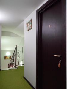 Hotel Salmer, Bed and breakfasts  Tbilisi City - big - 64