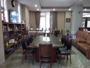 Hotel Salmer, Bed and breakfasts  Tbilisi City - big - 79